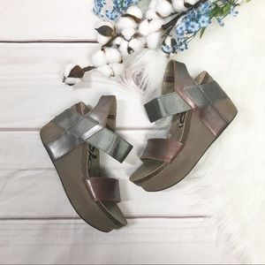 OTBT Brown Bushnell Wedge Sandals Size 6